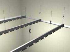 монтаж реечного потолка установка гребенок