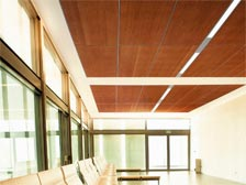 Подвесные деревянные потолки